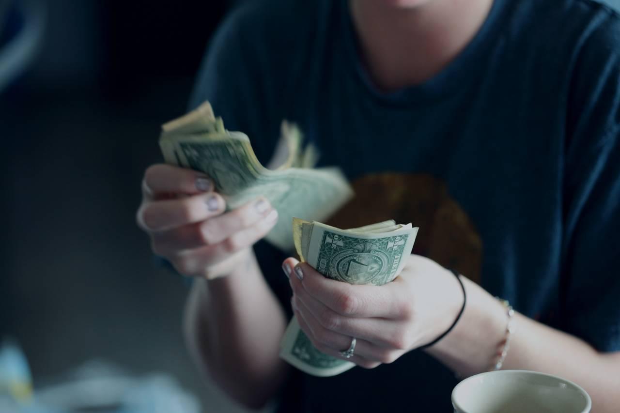 wyplata pieniędzy